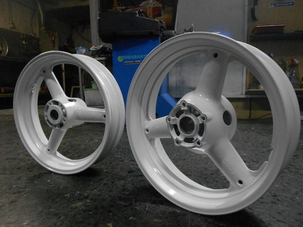 μότο βαφή λευκό επισκευές-βαφές ζαντων μοτοσυκλετών (διάφορες αποχρώσεις)